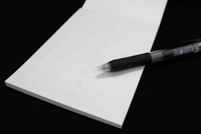 手帳オーガナイザーは手帳の用紙と相性の良いペンは必須アイテム